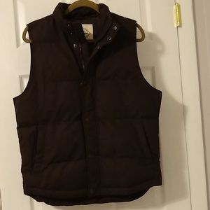 Men's vest  St.John's Bay size small brown